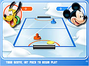 Play Mickey and friends shoot score Game