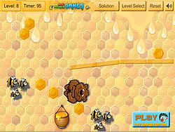 Bear vs Bee game