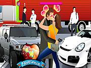 Play 007 james bond kissing Game