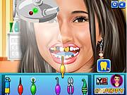 Emmanuelle Chriqui at Dentist game