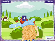 Play Holly hobbie water balloon blast Game